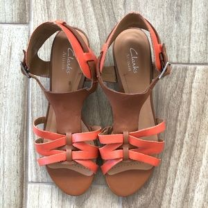Clark's Artisan Leather T Strap Wedge Sandals 9
